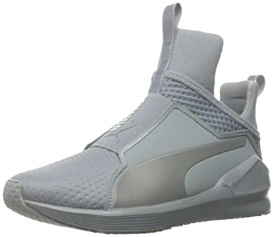 7533a26e0ce516 PUMA Women s Fierce Quilted Cross-Trainer Shoe