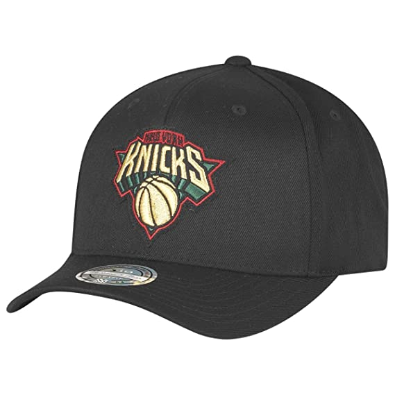 e8fc10c2aaa Mitchell   Ness Hats New York Knicks Snapback Cap - Luxe 110 - Black One  Size
