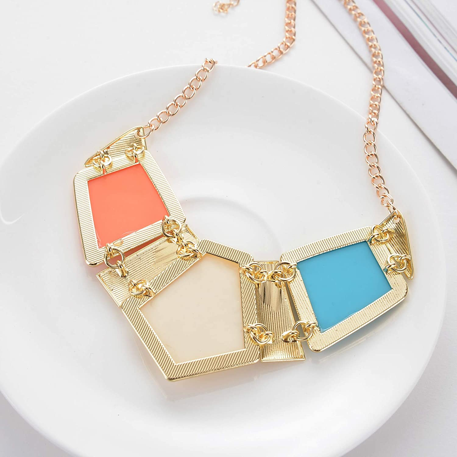 Hobbyant Luxury Fashion Square gems Versatile Geometry Necklace for Women