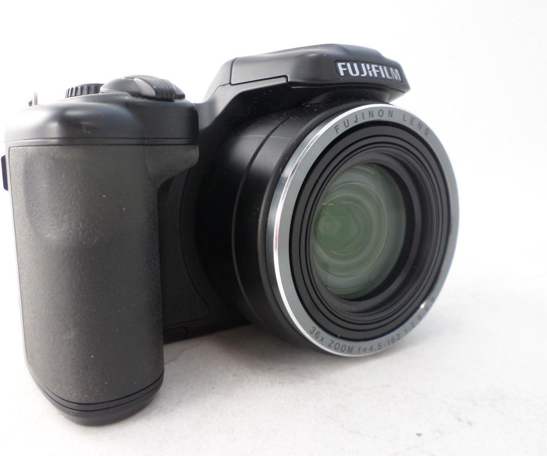 Fujifilm Finepix S8630 Camera Bundle 36X Wide-Angle Optical Zoom 16 MP 3.0