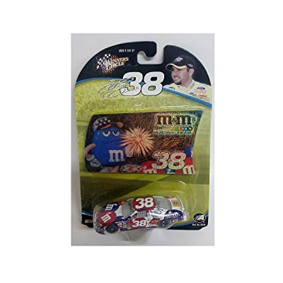 Winners Circle 2004 Elliott Sadler #38 Ford MMs Red White Blue 4 July Daytona Paint Scheme 1/64 with Foil Card Insert: Toys & Games