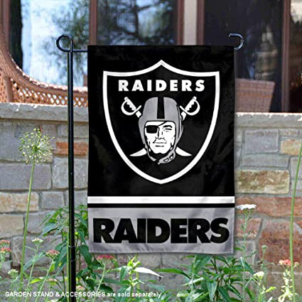 Amazon Com Wincraft Las Vegas Raiders Double Sided Garden Flag Sports Outdoors