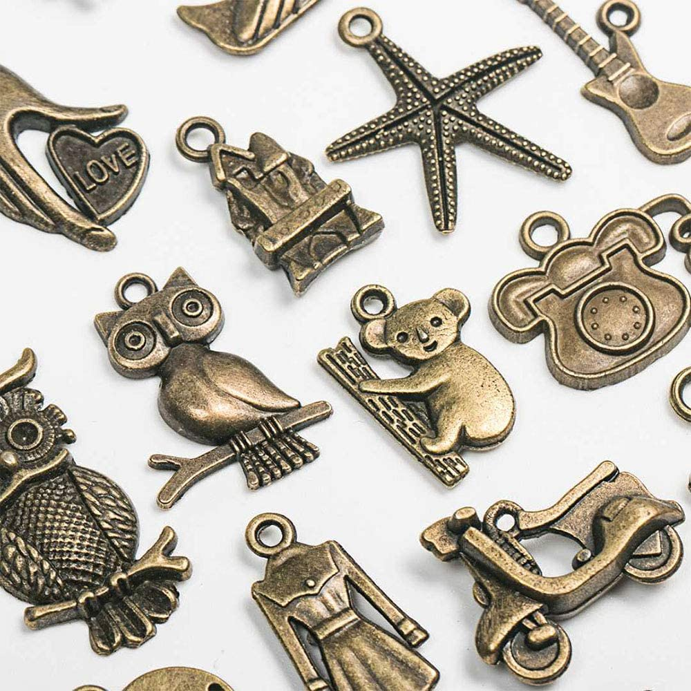 DIY Handmade Accessories Necklace Pendant Key Chain Pendant,Cosplay Costume Accessories Bronze Jewelry Making 70 Pieces of Antique Punk Pendant