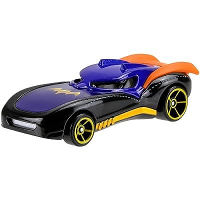 Hot Wheels DC Comics Superhero Girls Batgirl Vehicle: Toys & Games