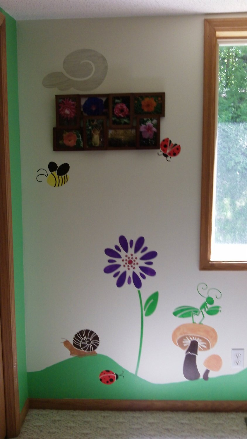 My Wonderful Walls Poppy Flower Stencil for Painting Flowers on Walls and Furniture