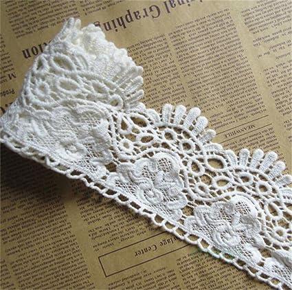 Vintage White Embroidered Leaf Motif  9 x 2 1//2