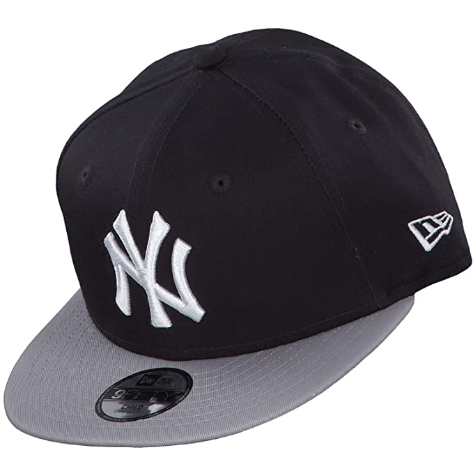 a7de8343801 New Era New York Yankees Kids Essential Navy Grey 9fifty 950 Child Snapback  Cap Kids Kinder Children  Amazon.ca  Clothing   Accessories