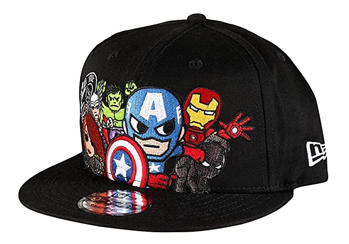 41e488ef39b Image Unavailable. Image not available for. Colour  Tokidoki Marvel  Avengers New Era 9Fifty Men s Black Snapback Hat Captain America
