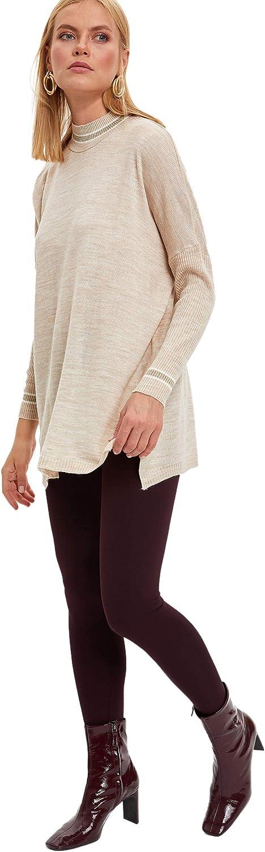 Maglione da Donna con Colletto Alto DeFacto L6330AZ