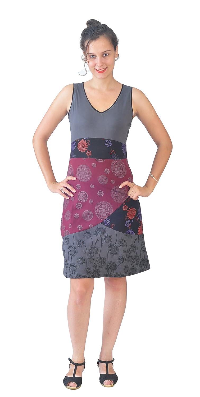 Damen-Shirt aus Sommerkleid mit Multicolor-Mandala und Muster