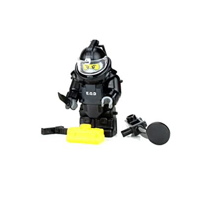 Battle Brick Bomb Squad EOD Disposal Specialist (SKU82) Custom Minifigure: Toys & Games