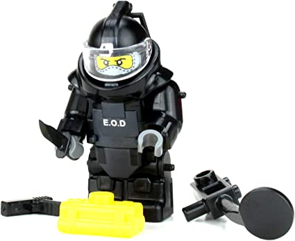 EOD Explosive Ordnance Disposal Specialist with K9 made with LEGO® SKU14