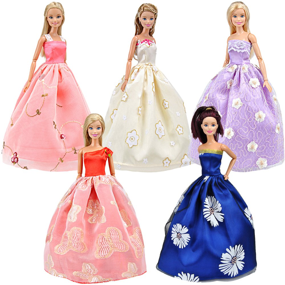 Beautiful Barbie dresses!