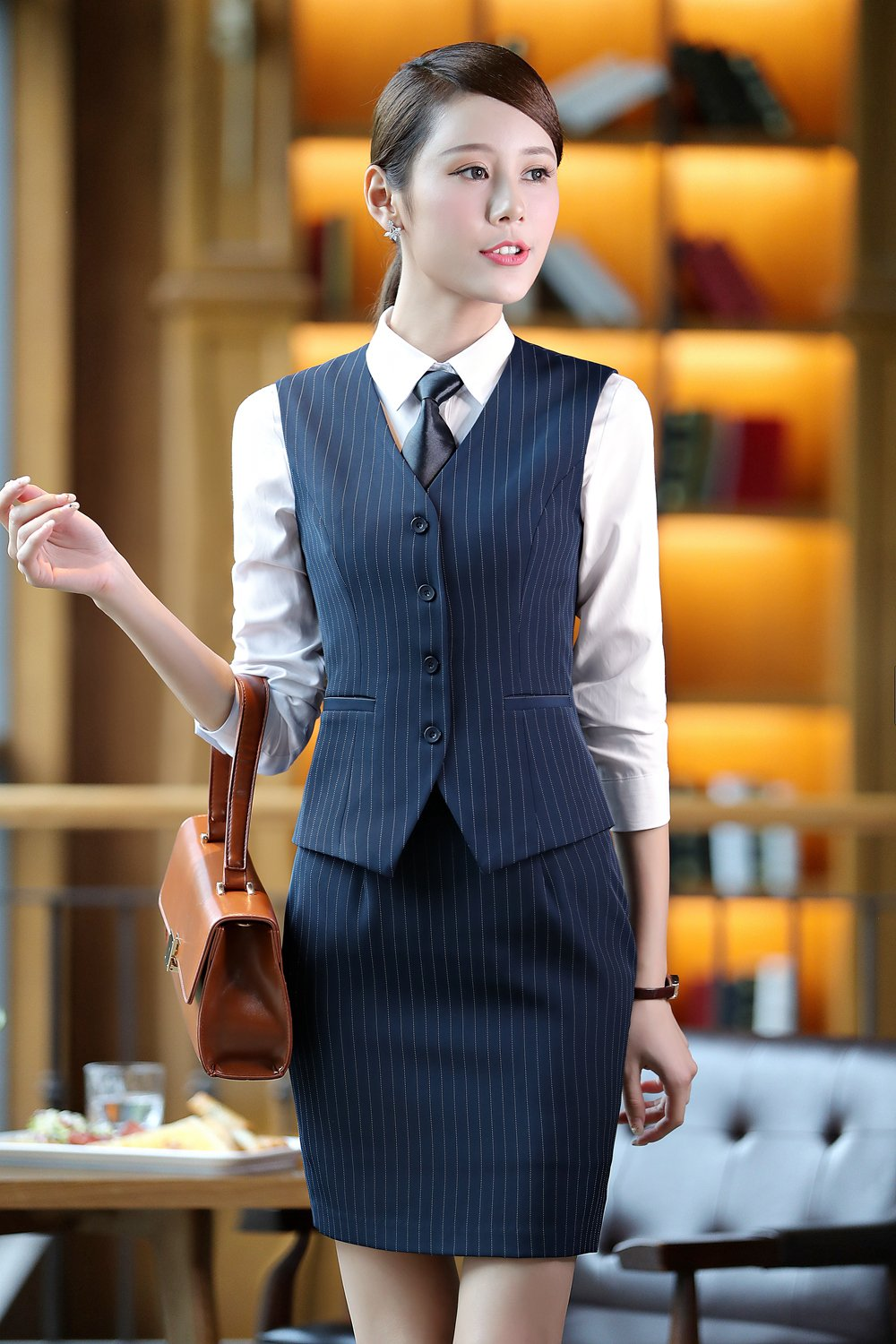 Fashion style Wear to what for spa receptionist interview for woman