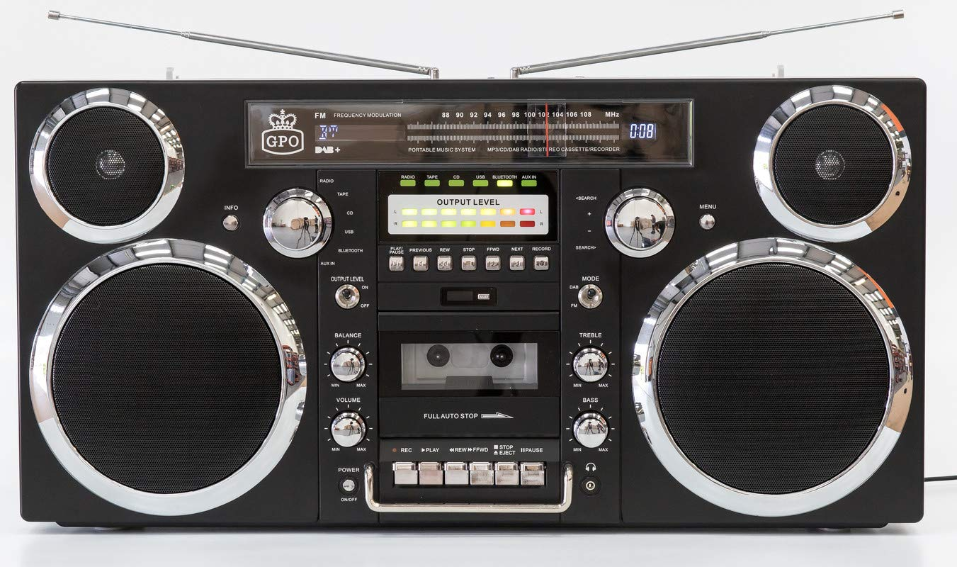 GPO Brooklyn Boombox Portable 1980s Retro Style Music System with CD/Cassette/DAB Radio and Bluetooth - Black by GPO (Image #5)