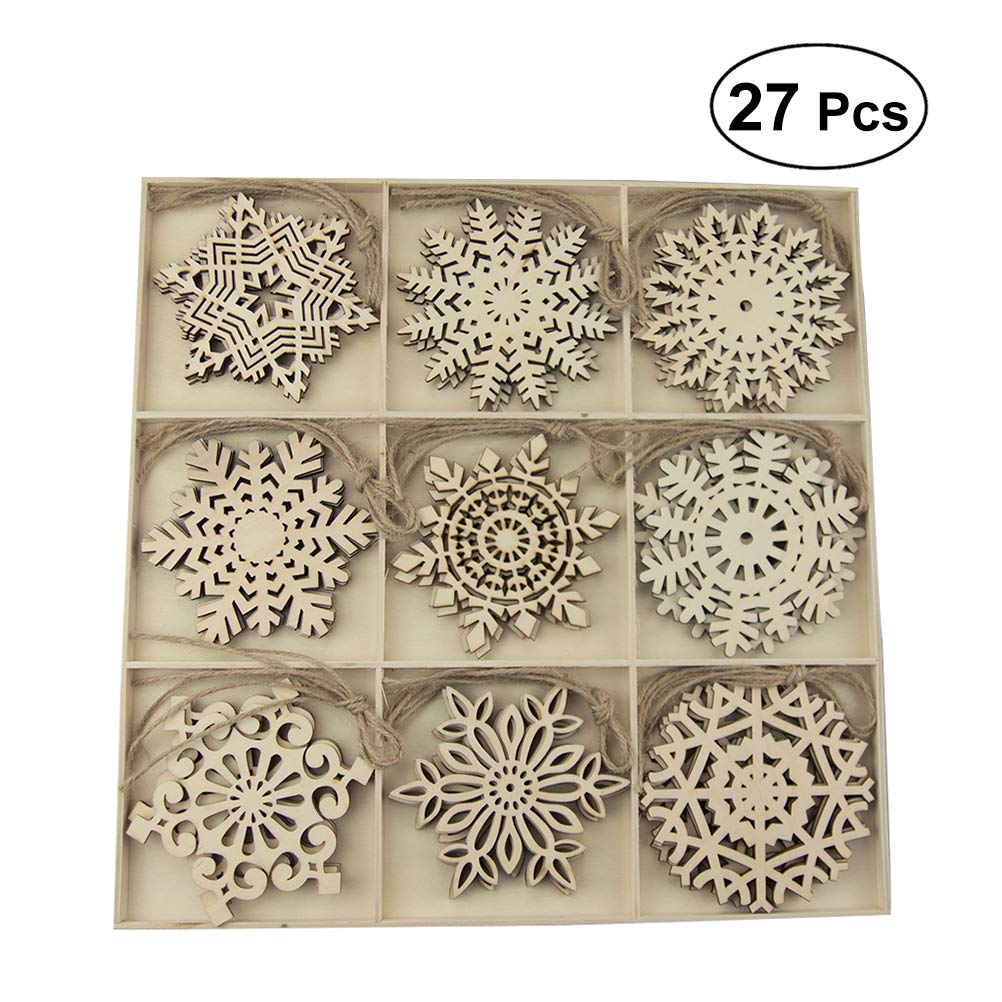 Amosfun 27pcs Christmas Wooden Slices Snowflakes Shaped Embellishments Hanging Decorations Wood Crafts DIY Accessories Small Pendants for Christmas Tree Decorative Ornaments