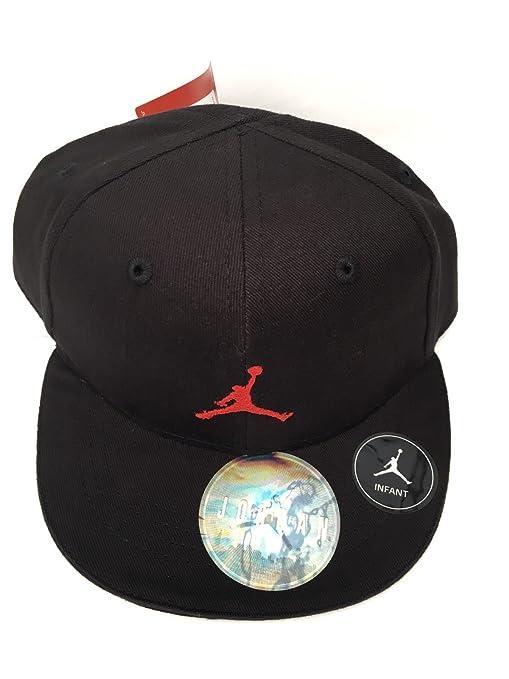 Nike Jordan Infant 12/24 Boy s bordado Logo de Jumpman Fitted – Gorra