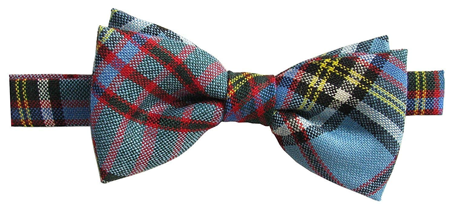 26e8b83cc2f4 Mens Tartan Bow Tie, Pre-tied in Pure Wool, Available in a Various Tartans  (Anderson Modern): Amazon.co.uk: Clothing