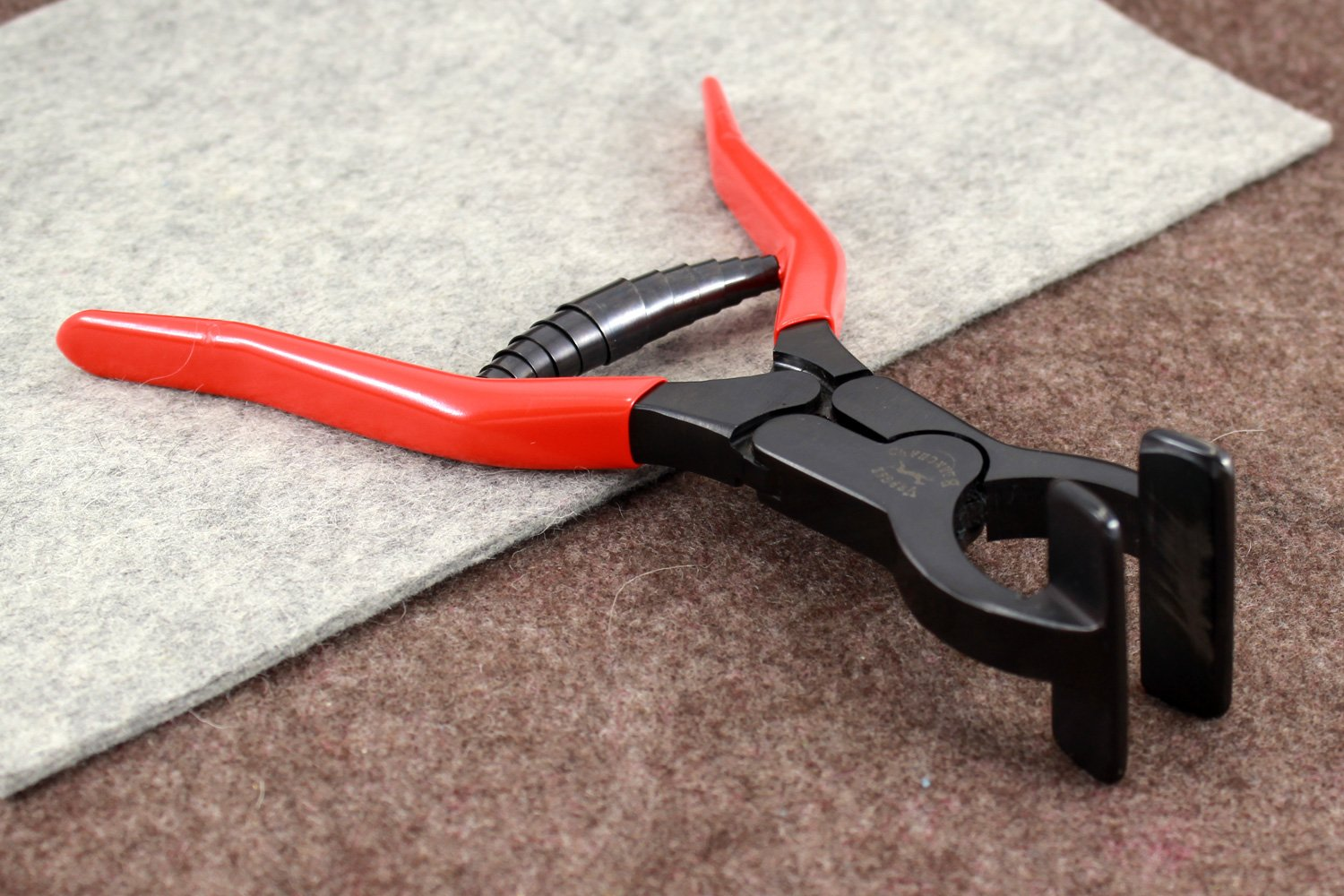 New Vergez Blanchard Edge Clamp Tool. Leather Working Tool