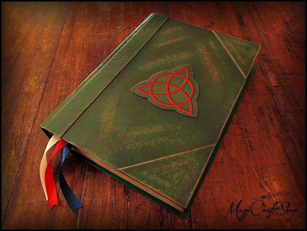 Charmed Book of Shadows with EMPTY pages - Medium size 22x16 cm