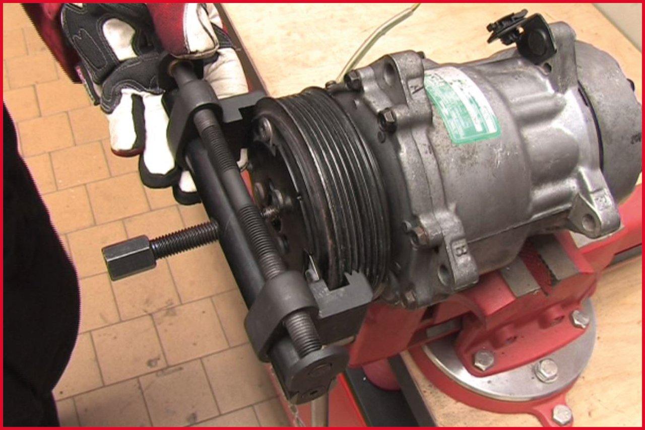 KS TOOLS 150.3170 Extracteur pour poulies crant/ées