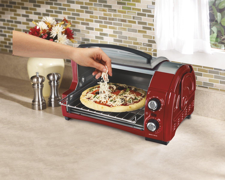 Hamilton Beach 31334 4-Slice Easy Reach Toaster Oven