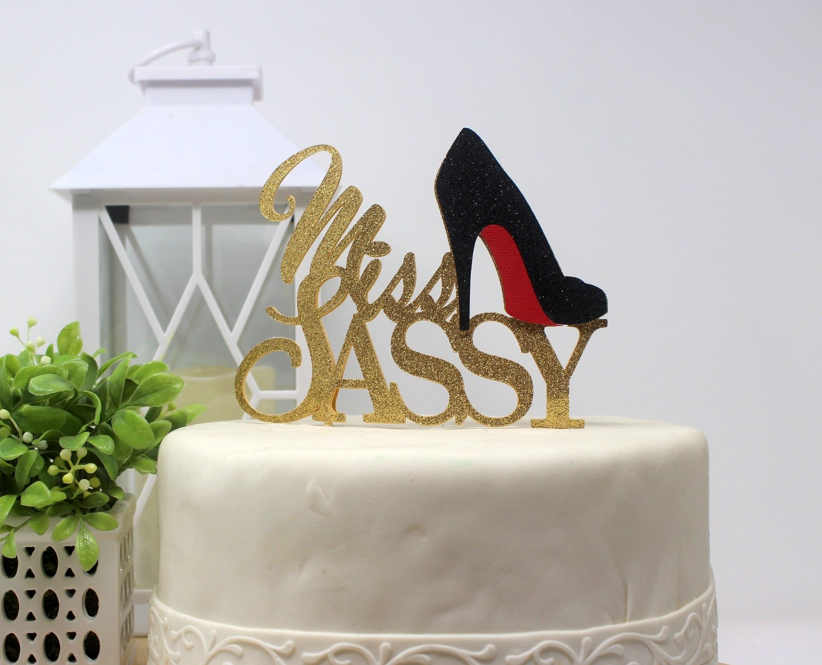 All About Details CATMSASGBL Miss Sassy Cake Topper (Gold and Black), 6in wide and 5in tall with 2-pcs of 4in wood skewers