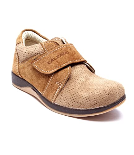 ad61bd5052e Calzado Boys Casual Shoes TAN-2001-37  Amazon.in  Shoes   Handbags