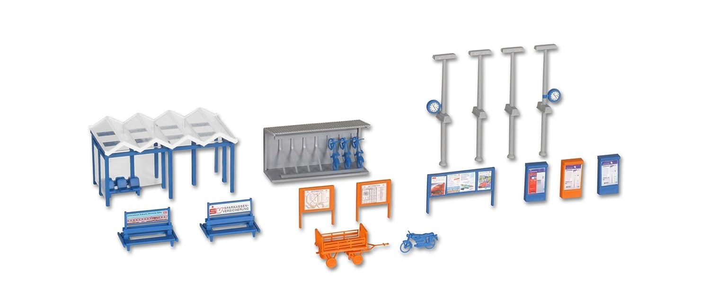 H0 Accessories set around the station Kibri 38108