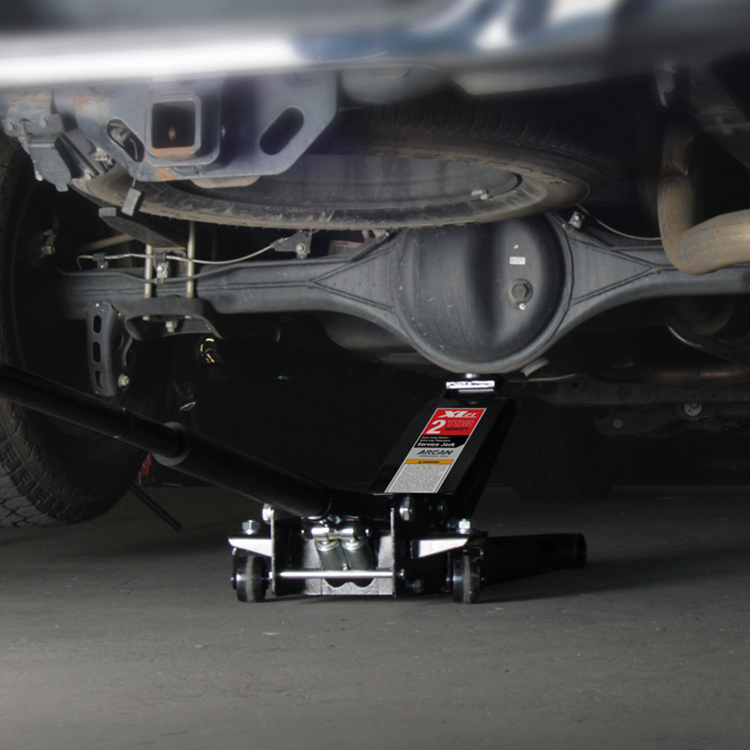 demonstration of Arcan XL2T Under Rear differential of car