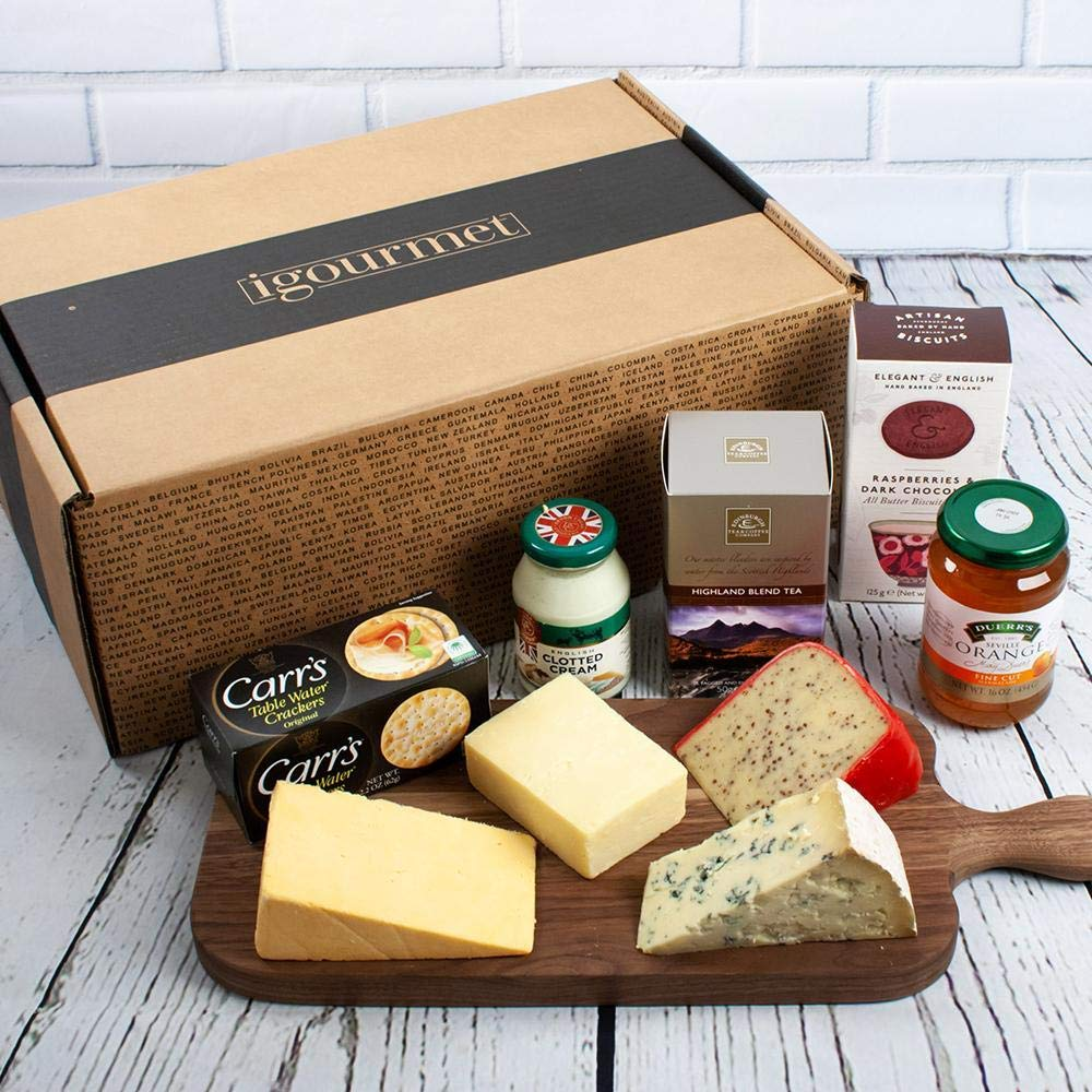 A Little Bit of Britain in Gift Box (3.9 pound) - A Delicious British assortment that showcases the depth of gourmet British foods