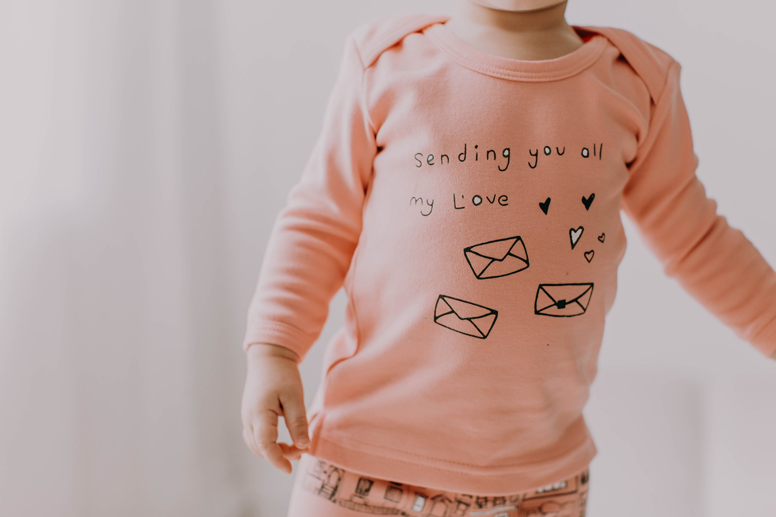 L'ovedbaby Unisex-Baby Organic Cotton Long Sleeve Shirt (Coral Sending My L'ove, 18-24 Months) by L'ovedbaby (Image #2)