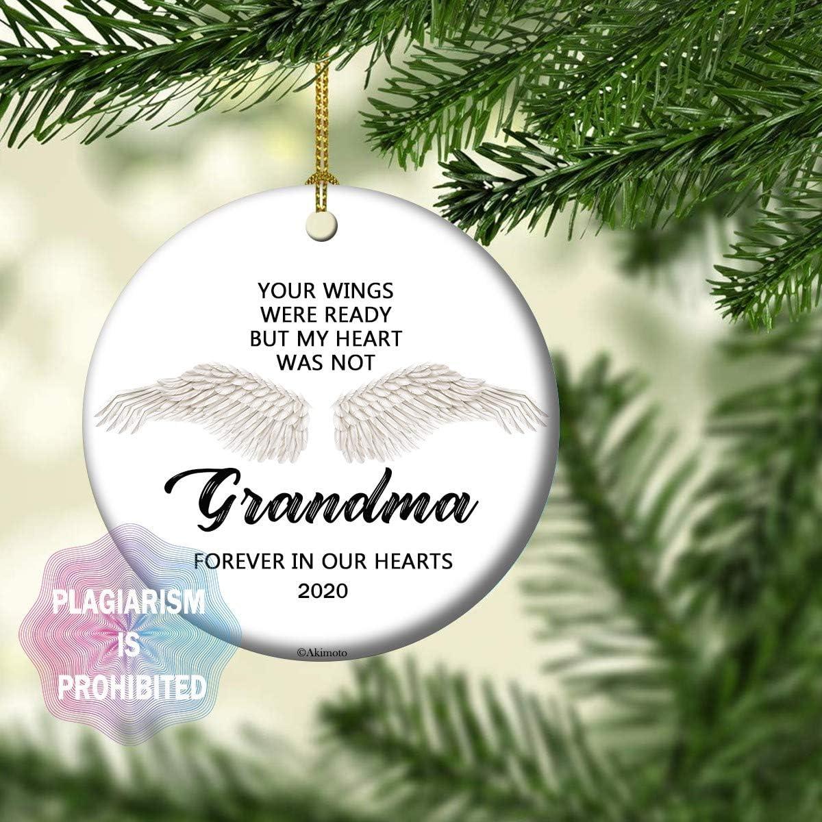 "Akimoto Loss of Grandma Remembrance Ornament Christmas 2020 Sympathy Condolence Gift, White Angel Wings 2020 Christmas Decoration, 3"" Flat Circle Ceramic Keepsake Box(Grandma)"