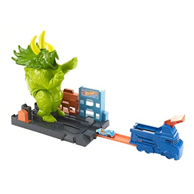 Hot Wheels Smashin' Triceratops Playset: Toys & Games