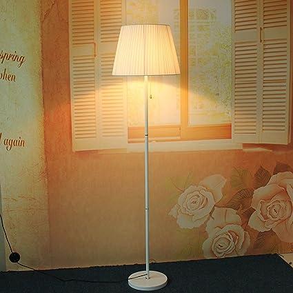 MOMO Stehlampe Schlafzimmer Stehlampe Modern Jane Europäische Stehlampe Wohnzimmer  Beleuchtung Mode Kreative Stehlampe