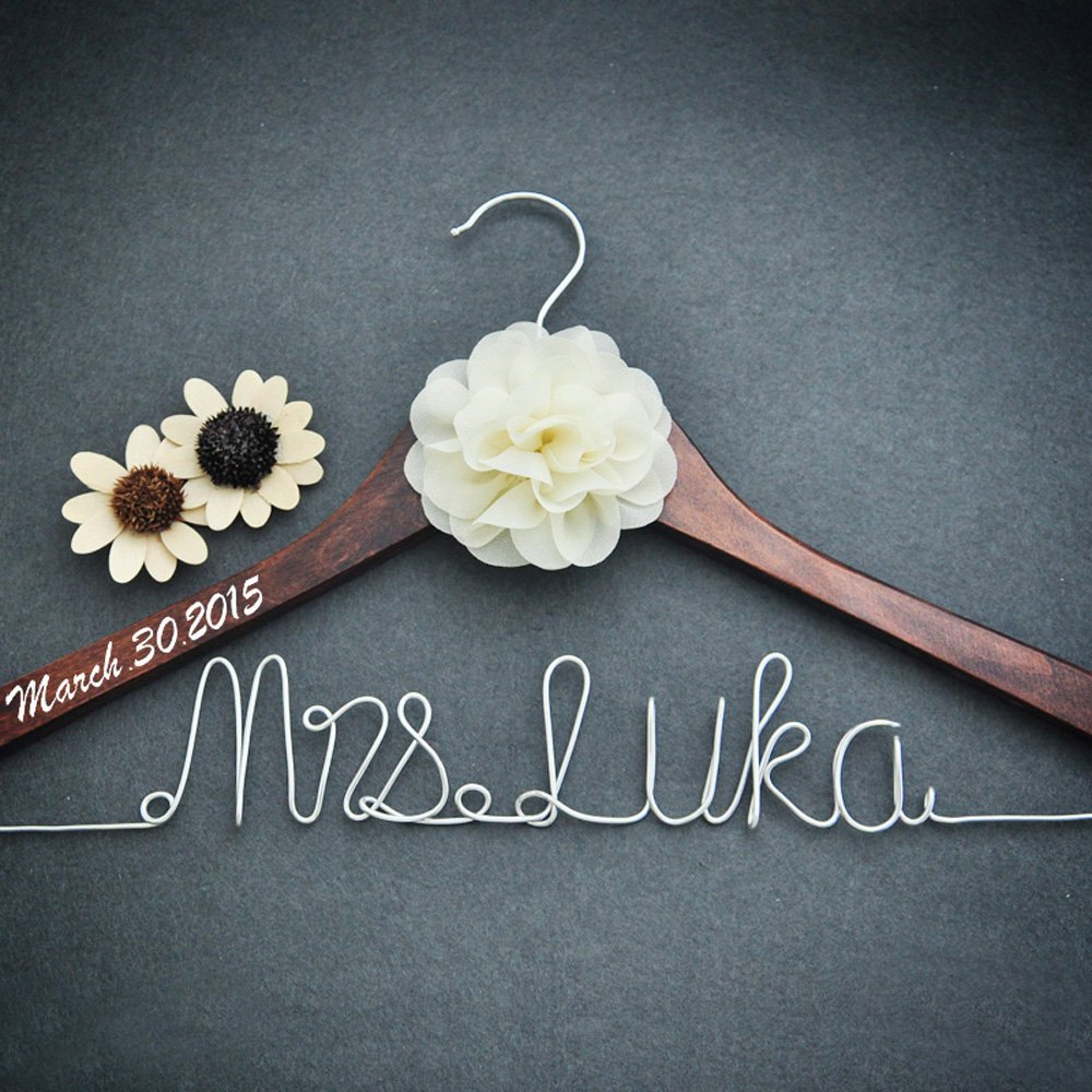 Personalized Bridal Dress Hanger Bridal Shower Gift, Custom Rustic Wedding Hanger, Bride Bridesmaid Maid of Honor Name Hanger