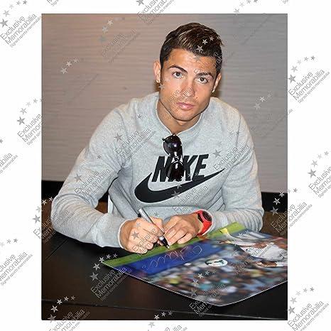 Cristiano Ronaldo del Real Madrid firmada Foto: El tiro imparable ...