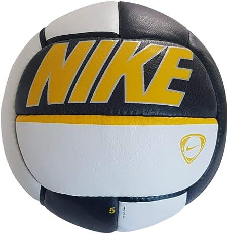 Pack para poner principalmente vestirse  Nike Tiempo Tradition Football Leather Pro Ball Original 2006 Size 5:  Amazon.co.uk: Sports & Outdoors