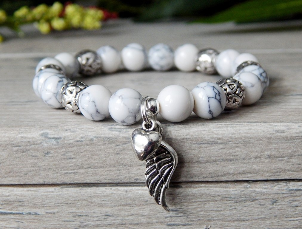 Angel Wing Bracelet White Beaded with Heart Charm Spiritual Gift