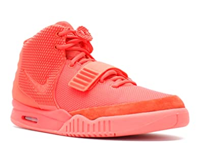 the latest 67c82 4da51 Amazon.com | NIKE AIR Yeezy 2 SP 'RED October' - 508214-660 | Basketball