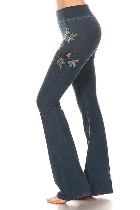 07b6c5c23e Amazon.com: T Party Women's Embroidered Patch Mineral Wash Yoga Pants  (Small, Hummingbird Navy): Clothing