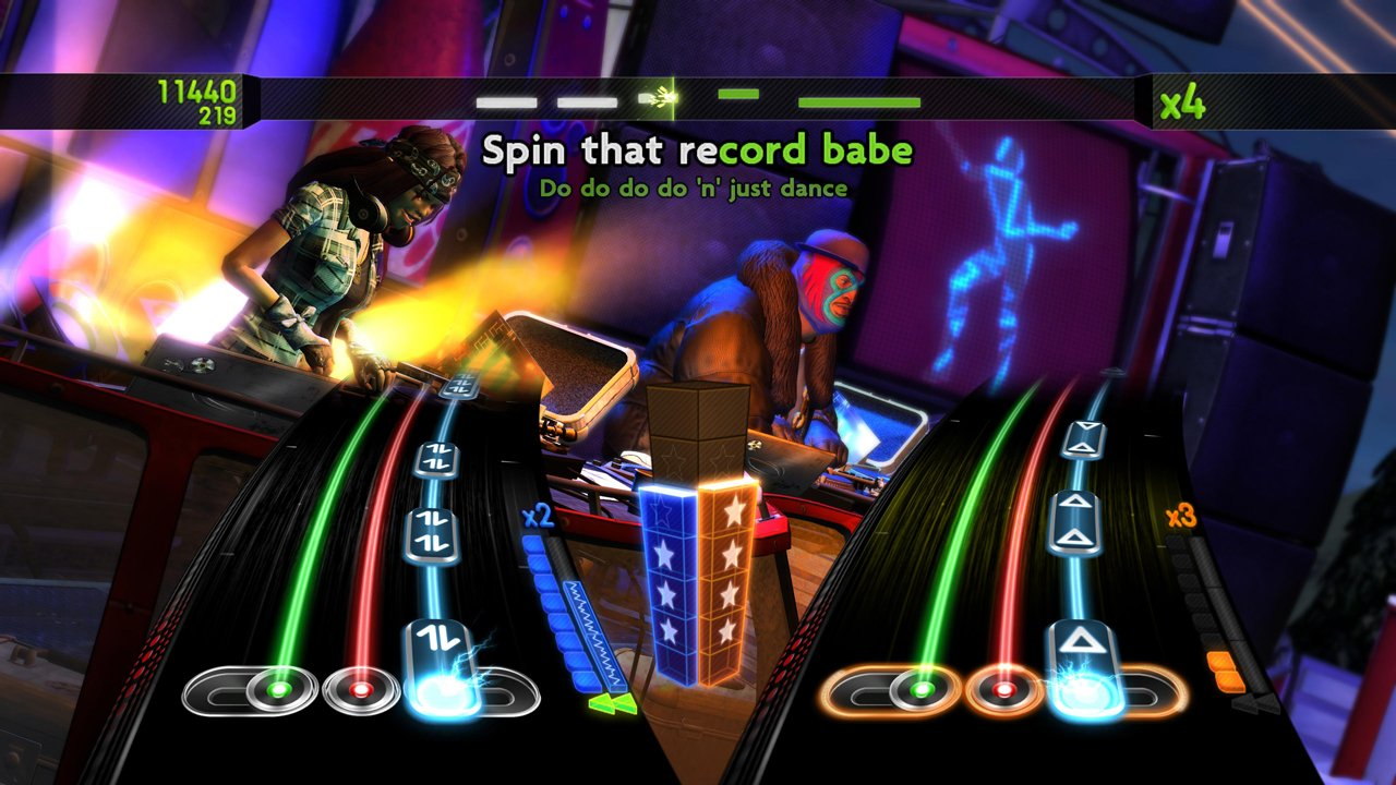 DJ Hero 2 Turntable Bundle -Xbox 360 by Activision (Image #5)
