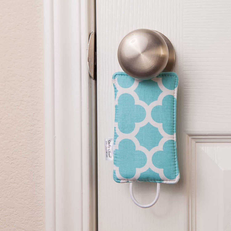 Amazon.com: El cojín de puerta Cushy Closer original: Baby