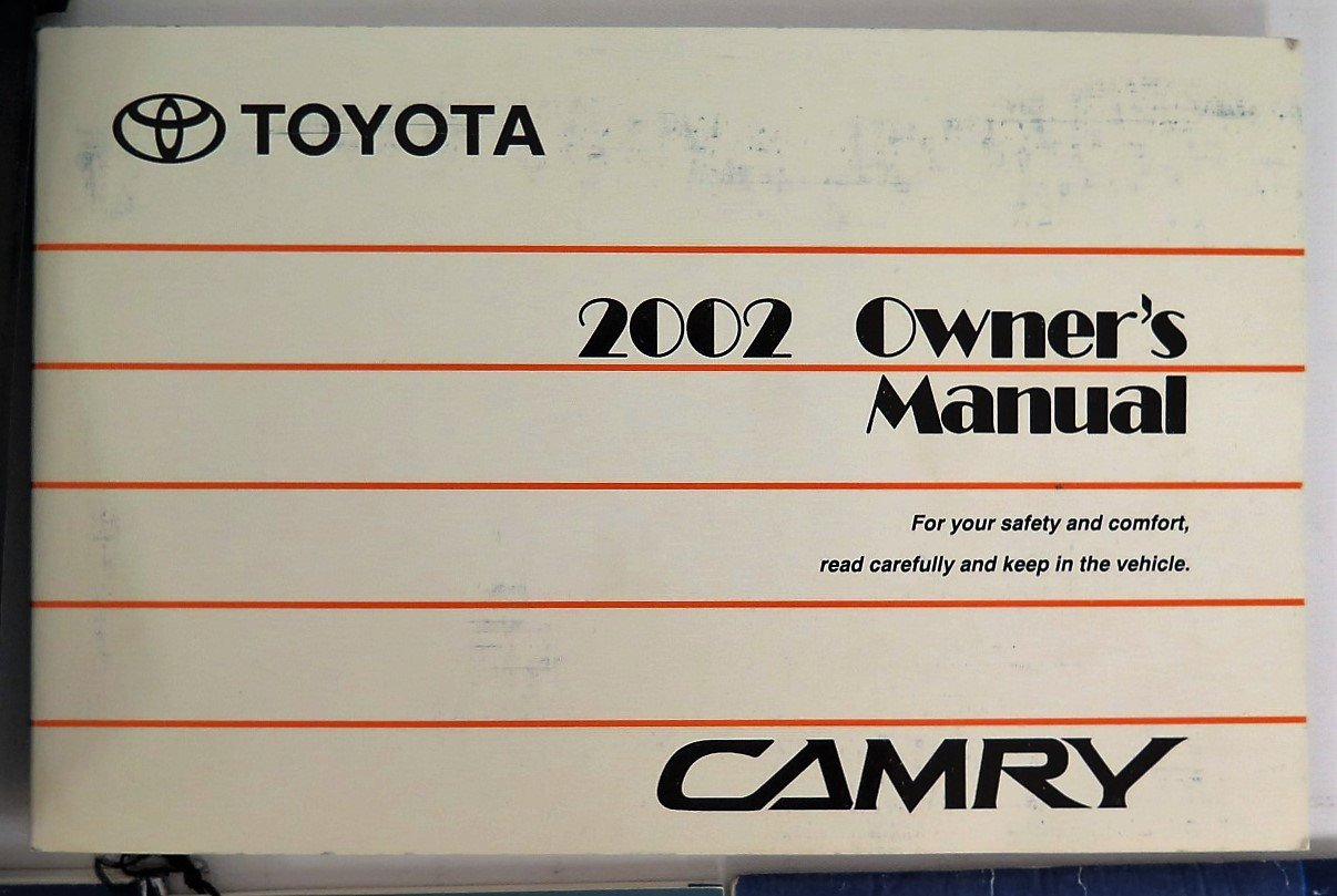 amazon com 2002 toyota camry owners manual toyota automotive rh amazon com toyota camry owners manual 1993 toyota camry owners manual download
