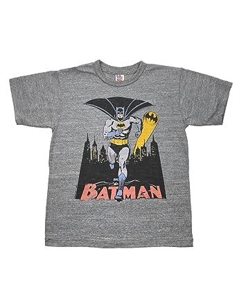 11d6307c0308f Amazon.com  Junk Food Batman Bat Signal Kid s T-Shirt (XL)  Clothing