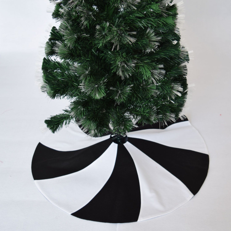 Gireshome 36'' Patchwork Black and White polar fleece Lollipop Design Christmas Tree Skirt XMAS Tree Decoration Merry Christmas Supplies Christmas Decoration