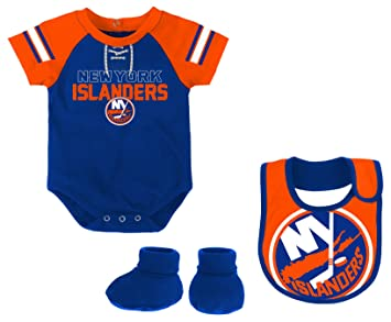 finest selection aa56a 70f32 NHL Boys Little D-Man Onesie, Bib and Bootie Set