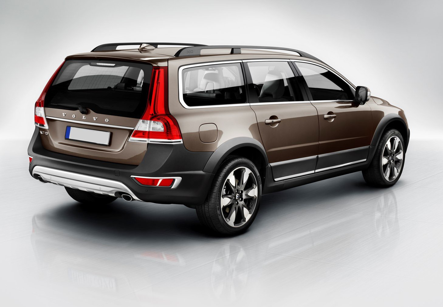 reviews and motor trend cars profile accessories side rating volvo