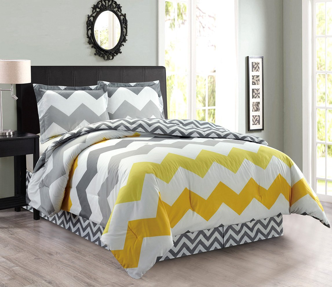 4-Piece Oversize Zigzag Reversible Designer Goose Down Alternative Comforter Set Queen Size Bedding Yellow, Grey, White