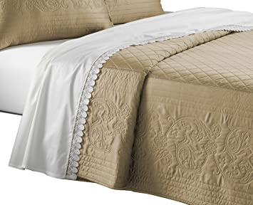 Amazoncom Downton Abbey Coverlet Home Kitchen
